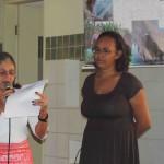 Apresentação de cordel sobre o trabalho e a vida da mulher camponesa, por Maria de Fátima